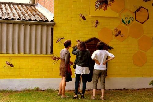 """Mur peint par l'école """"le Brasier"""""""